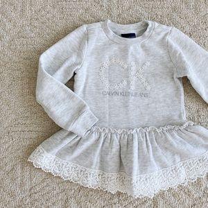 3/$18 CALVIN KLEIN 5T Daisy Logo Sweatshirt Dress